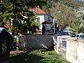 Malá Chuchle, Zbraslavská, brána čo. 9, dům čo. 11.jpg