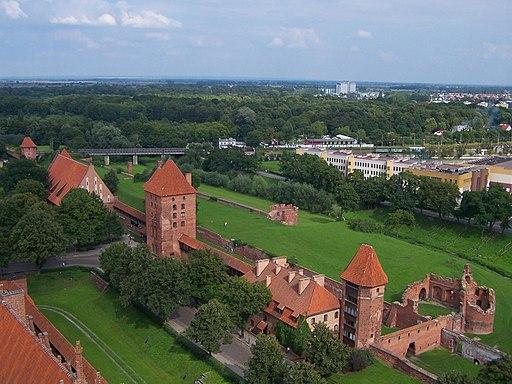 Malbork - Obwarowania zamku