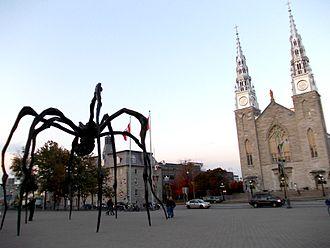 Maman (sculpture) - In Ottawa