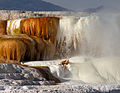 Mammoth Hot Springs 17 (8039016599).jpg