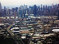 Manhattan from Delta flight into LaGuardia Airport. NYC - panoramio.jpg