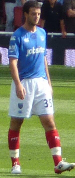Marc Wilson (Irish footballer) - Wilson playing for Portsmouth