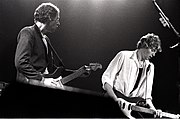 Mark Knopfler and Hal Lindes 1981.jpg