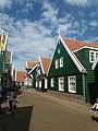 Marken - Huizen in straatje.jpg
