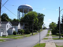 Massena, NY Water tower 2005.jpg