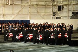 Arrow Air Flight 1285 - Image: Memorial service for Arrow Air Flight 1285