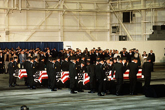 Arrow Air Flight 1285 - Image: Memorial service for Arrow Air Flight 1285