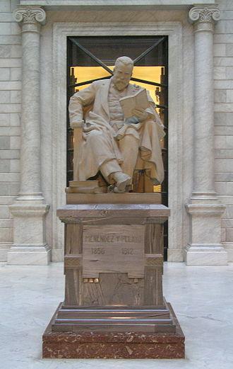 Marcelino Menéndez y Pelayo - Statue of Marcelino Menéndez y Pelayo in the lobby of the Biblioteca Nacional de España.