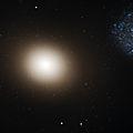 Messier 60 - Hubble (2013-9-24).jpg