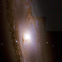 Messier 65 Hubble WikiSky.jpg