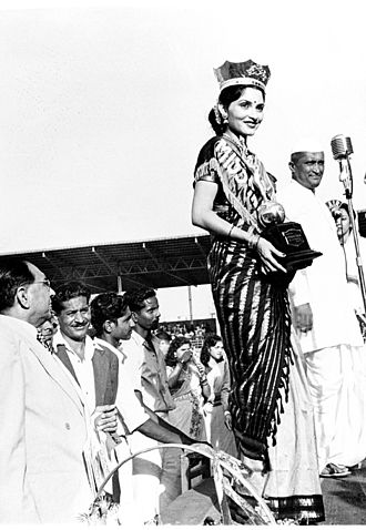 Femina Miss India - Indrani Rehman after being crowned Miss India 1952. She was the first Indian woman to participate in the Miss Universe held in the United States in 1952
