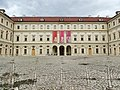Mittelpunktperspektive aus dem Innenhof des Schlossmuseums in Weimar - panoramio.jpg