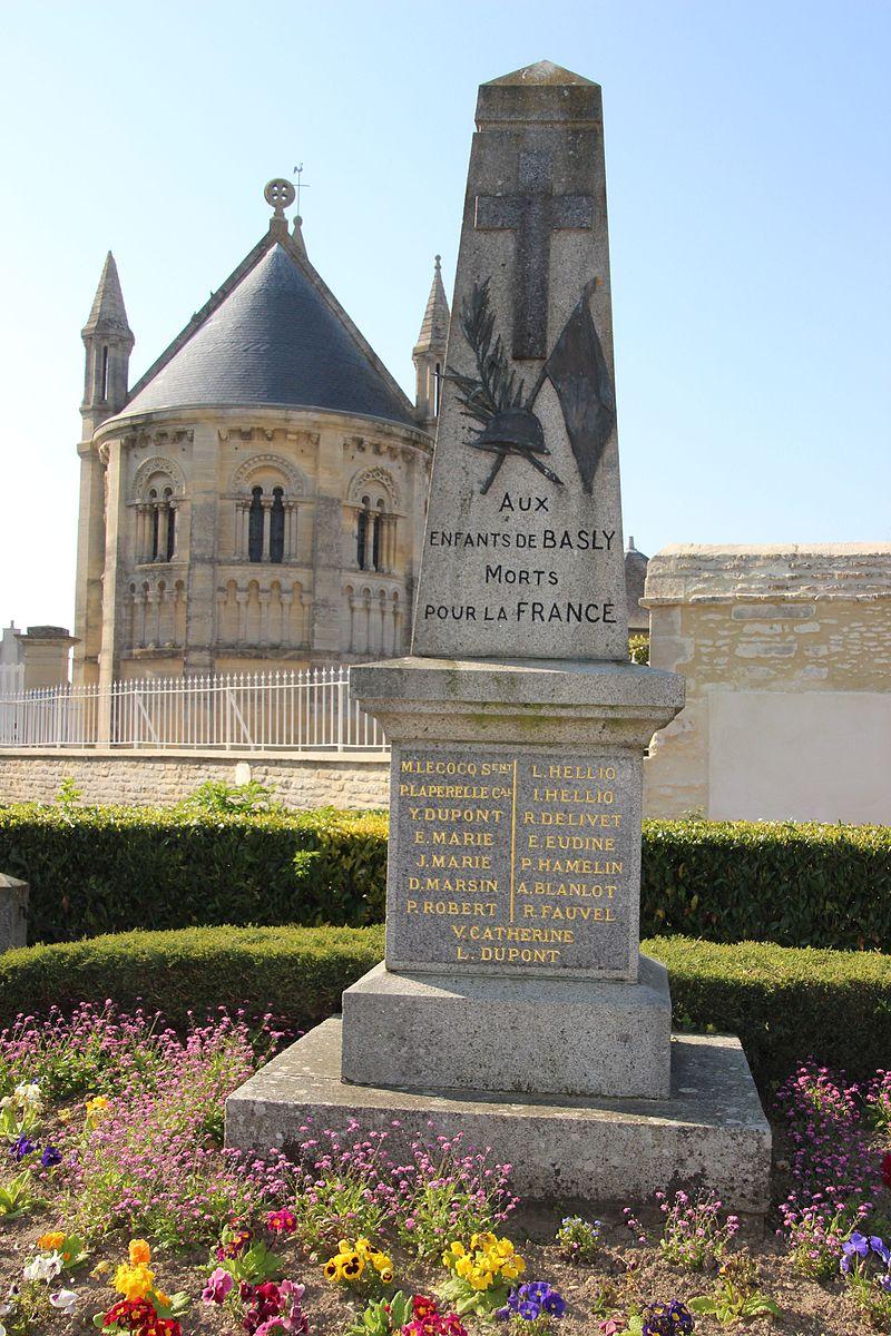 Monument aux morts de Basly, Calvados.jpg