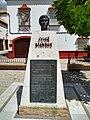 Monumento a José Menese.jpg