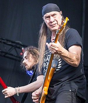 Morten Skaget - Skaget performing with Sambandet in 2016