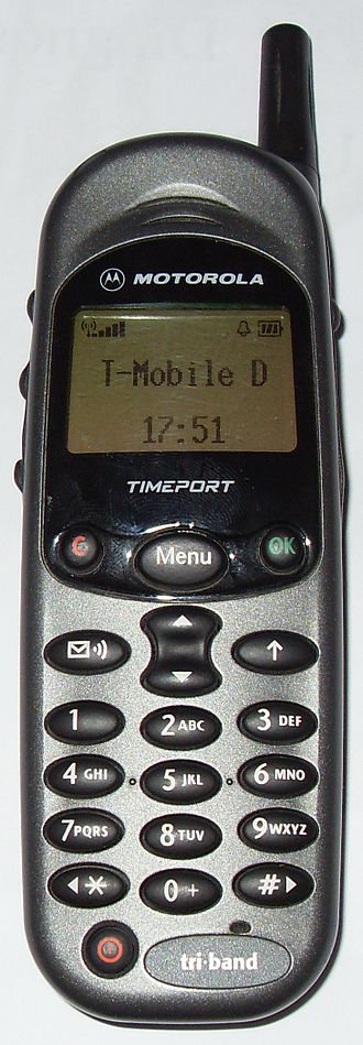 Multi-band device - Motorola Timeport, the first tri-band mobile phone (1999)