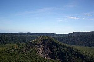 Krater des Mount Uluman