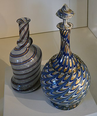 Venetian glass - Carafes containing aventurine glass thread