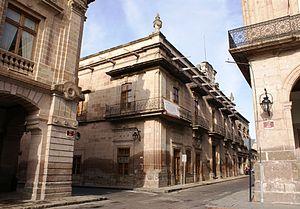 Español: Exterior del Museo Regional Michoacan...