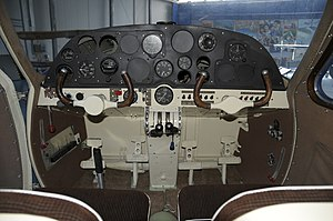 Museo dell'Aeronautica Gianni Caproni Saiman 202 cockpit.JPG