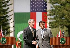 Musharaff and Bush in Islamabad.jpeg