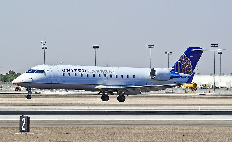 File:N967SW United Express (SkyWest Airlines) 2003 Canadair Bombardier CL-600-2B19 Regional Jet CRJ-200LR (cn 7872) (7180450648).jpg