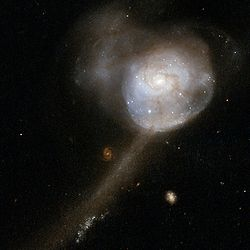 NGC 17HSTScreen.jpg