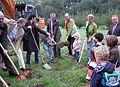 NGOL Spatenstich Kleingewässer, NRW-Umweltminister Remmel.jpg