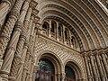 Natural History Museum entrance.JPG