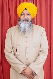 Nirmal Singh Khalsa Indian priest and singer