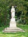 Nointel (95), Vierge, à l'extrémite ouest de l'avenue de Verdun, près de la voie ferrée.jpg