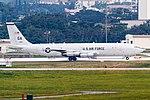 Northrop Grumman E-8C Joint STARS 00-2000-GA (8752936326).jpg