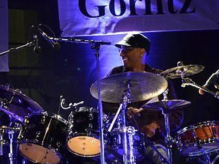 Omar Hakim musician