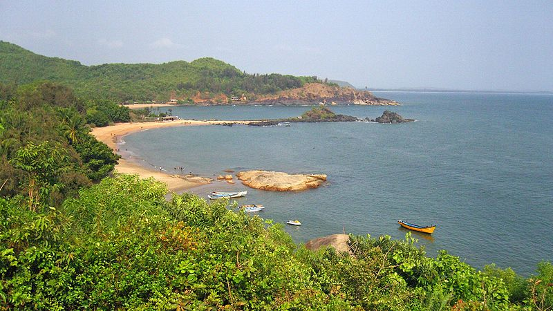 File:Om beach Gokarna.JPG
