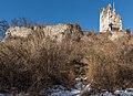 Pörtschach Burgruine Leonstein südliche Schildmauer mit Bergfried 25022017 6354.jpg