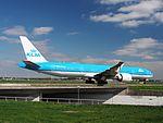 PH-BVI KLM Royal Dutch Airlines Boeing 777-306(ER) at Schiphol (AMS - EHAM), The Netherlands pic7.JPG