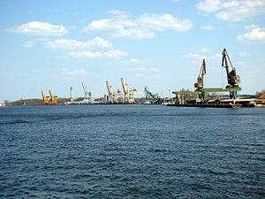 Port of Świnoujście - Reloading cargo wharf