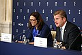 PRESS CONFERENCE 2016-09-23 (29762540002).jpg