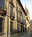 Palacio de Velarde - Oviedo - panoramio.jpg