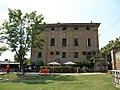 Palazzo Perolari-Malmignati, lato sinistro (Lendinara).jpg