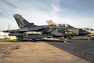 No. 9 Squadron RAF - No. IX (B) Squadron Panavia Tornado GR.4 ZD748 in 1998.