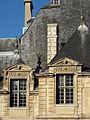 Paris hotel Sully.jpg