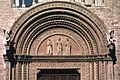 Particolare Portone ingresso Palazzo dei Priori.jpg