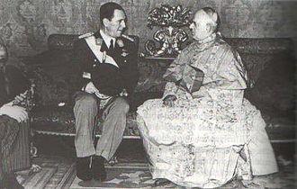 Santiago Copello - Cardinal Copello with President Juan Perón in 1949.