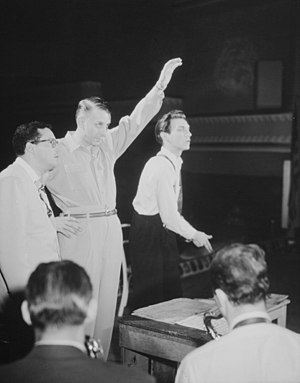 Robert Graettinger - (From left:) Pete Rugolo, Stan Kenton, and Bob Graettinger.  Photograph by William P. Gottlieb.