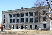 Pettis County Courthouse.jpg