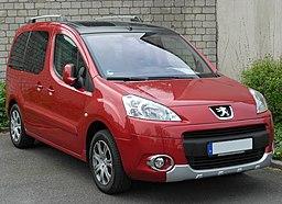 Peugeot Partner Tepee front 20100515