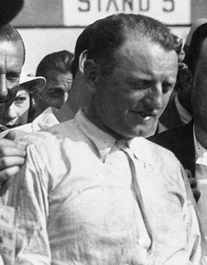 Philippe Étancelin - Image: Philippe Étancelin at the 1933 Grand Prix de la Marne (cropped)