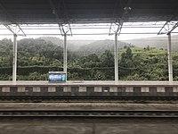 Platform of Chenzhou West Station 1.jpg