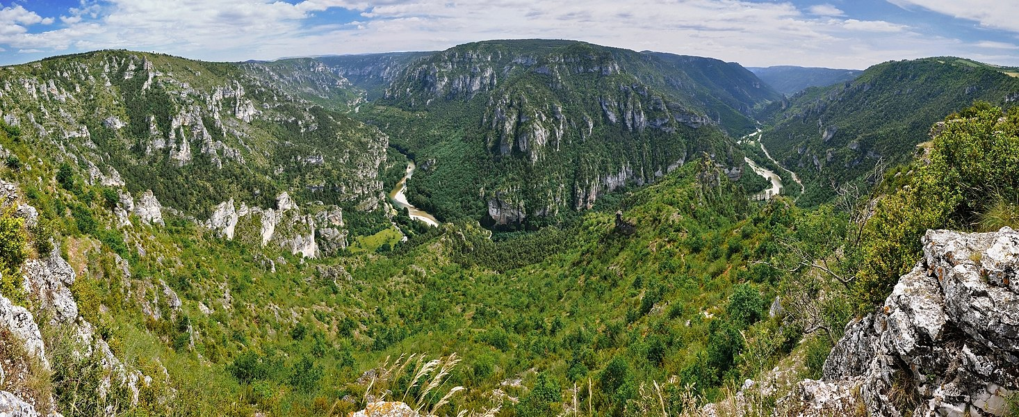 "Impressive view from ""Point Sublime"" into the ""Gorges du Tarn"""